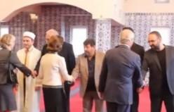 İsveç Kralı Gustav'ın Fittja Ulu Camii ziyareti 2013...video