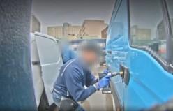 PostNord aracına giren iki hırsızın sonu kameralarda