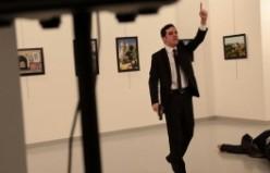 Rusya Büyükelçisi Andrey Karlov'un vurulma anı
