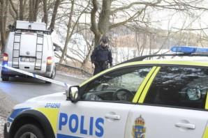 Vårby'de başından vurulan gencin olay yeri incelemesi