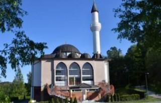 İsveç'teki Müslümanlar yaklaşık 20-22 saat...