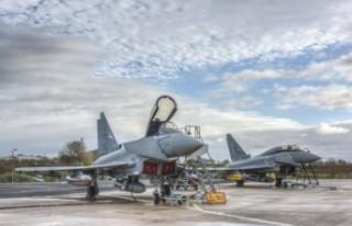 Birleşik Krallık İsveç'le yeni savaş uçağı...