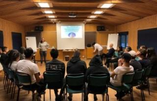 İsveç'te Türk gençleri yeni yıla azimle...