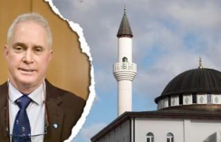 İsveç'te cami yapılmasını öneren politikacı...