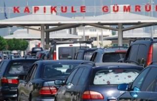 Kesin dönüş yapan gurbetçiler Türkiye'ye araç...