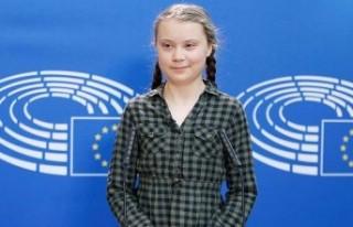 16 Yaşındaki İsveçli kız dünyayı kurtarmak...