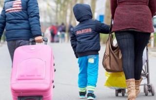 AB'ye başvuran mülteci sayısı düştü