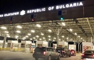 Bulgaristan'dan Türkiye'ye araçla gidecek...