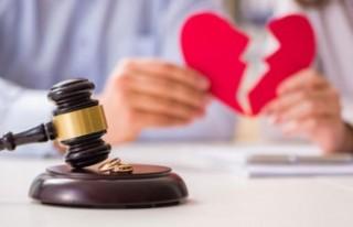 Danimarka'daki boşanmak isteyenlere 'online'...