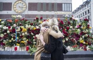 Sockholm'deki kamyonlu terör saldırısı unutulmadı