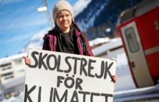 İsveçli küçük aktivist 17 dersin 14'ünü 'A'...