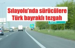 Sılayolu'nda sürücülere Türk bayraklı tezgah