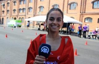 İsveç'te Türk atlet altın madalya kazandı