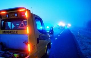 İsveç'te kışın gelişiyle trafik kazaları...