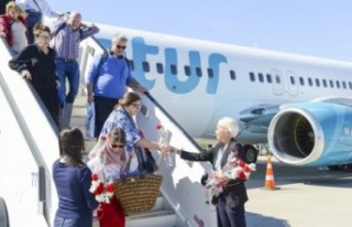 İsveç'ten Antalya'ya rekor seviyede turist...