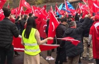 Norveç'te Türk vatandaşları terörü kınadı