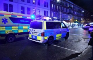 İsveç'te önce patlama sesleri sonra 2 kişi...