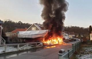 İsveç'te uçak Villa'ya düştü - Pilot...