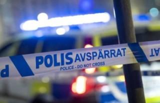 Kalmar'da silahlı soyguna girişen üç kişi...