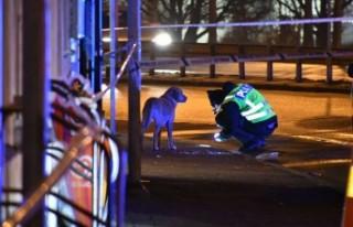 İsveç'te bir güvenlik görevlisi vurularak...