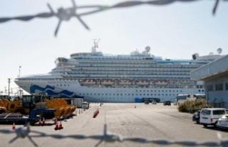 Diamond Princess yolcu gemisinde virüs bulaşan yolcu...