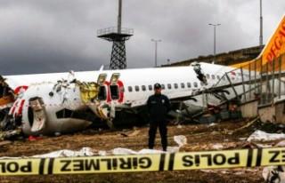 Sabiha Gökçen'deki uçak kazasında pilotlar...