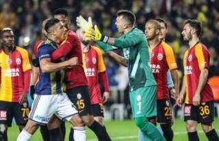Türkiye'nin derbisinde Galatasaray 21 yıl sonra,...
