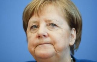 Angela Merkel koronavirüs nedeniyle kendisini karantinaya...
