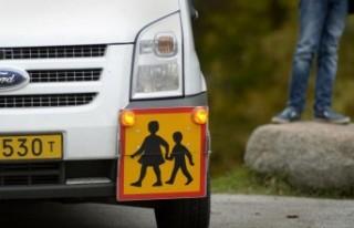 İsveç'te okul aracı kullanan şoförde koronavirüs...