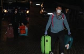 İsveç'ten Türkiye'ye giden 23 kişi Bolu'da...