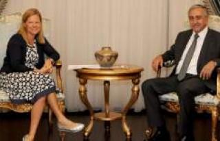 Cumhurbaşkanı Akıncı, İsveç Büyükelçisi Vrang'ı...