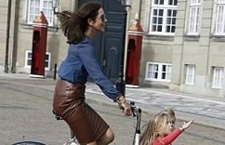 Danimarka prensesine kask tepkisi