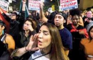 'Donald Trump'ı sınır dışı edin'