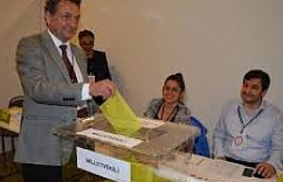 Erken seçimde İsveç'te OY kullanmak isteyenlere...