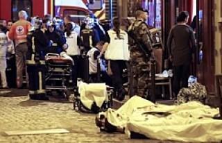 Fransa saldırılarında en az 150 ölü!