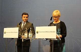 Hdp Eş Genel Başkanı Demirtaş İsveç'te