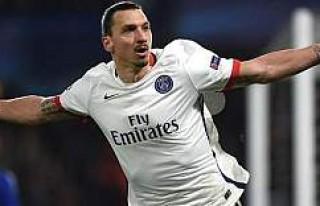 Ibrahimovic'e yeni teklif: Gel tahta otur seni...