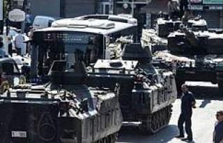 İngiltere bunu konuşuyor: Türkler darbeyi ezdi