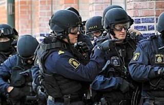 İsveç göçmen karşıtlarına karşı özel birim...