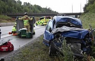 İsveç güne feci kazalarla başladı