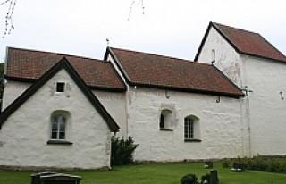 İsveç hırsızları Kilise'deki kasaya göz...