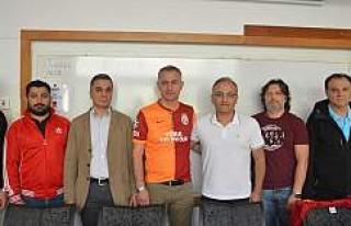 İsveç'te Galatasaray Başkanlarını Seçti