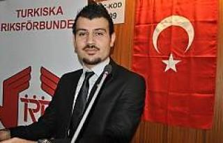 İsveç'te genç bir Türk siyasetçi daha istifa...