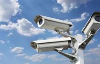 İsveç'te güvenli kamerası taktırma kolaylaşıyor