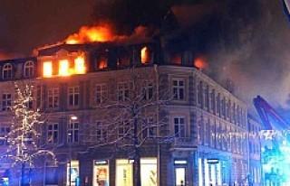 İsveç'te Korkutan Yangın...