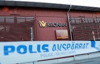 İsveç'te öğrenci bıçaklamak isteyen zanlı...