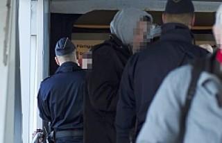 İsveç'te Sığınmacılara Saldırıya hazırlanan...