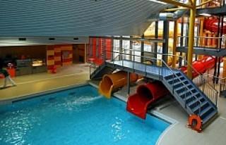 İsveç'te Sığınmacıların yüzme havuzuna...
