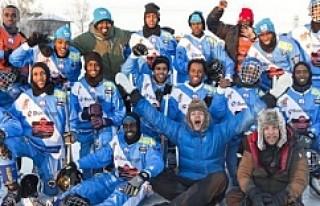İsveç'te Somalili Göçmenlerden Kurulu Bandy...