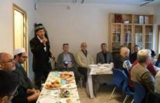 İsveç'te Uygur Türkleri Kültür ve Eğitim...